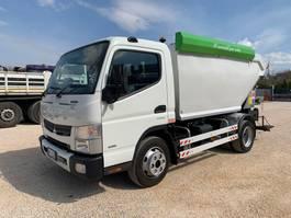 vuilniswagen vrachtwagen Mitsubishi Fuso 7C15 Canter 2015