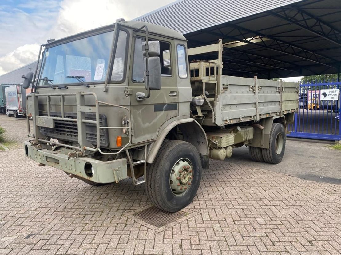 leger vrachtwagen DAF 4442 1991