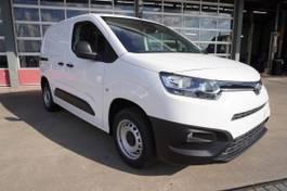 gesloten bestelwagen Toyota CITY D-4D 102PK Cool Comfort Airco/Cruise/ 3 Zits 2021