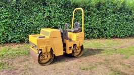 trilrolwals Bomag BW100 2015