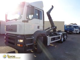 containersysteem vrachtwagen MAN TGA 26 Manual + Hook system 2003