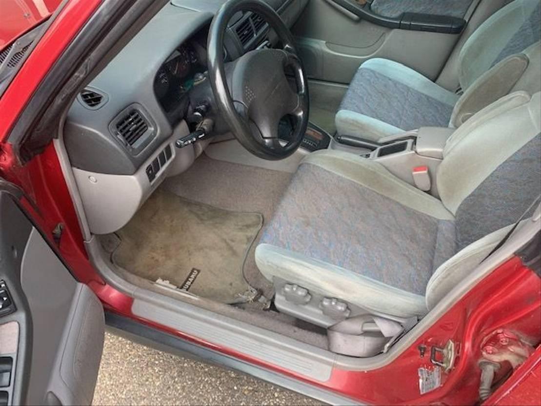 stationwagen Subaru Forester 2.0 benzine 4 x4  AWD automaat airco 1997