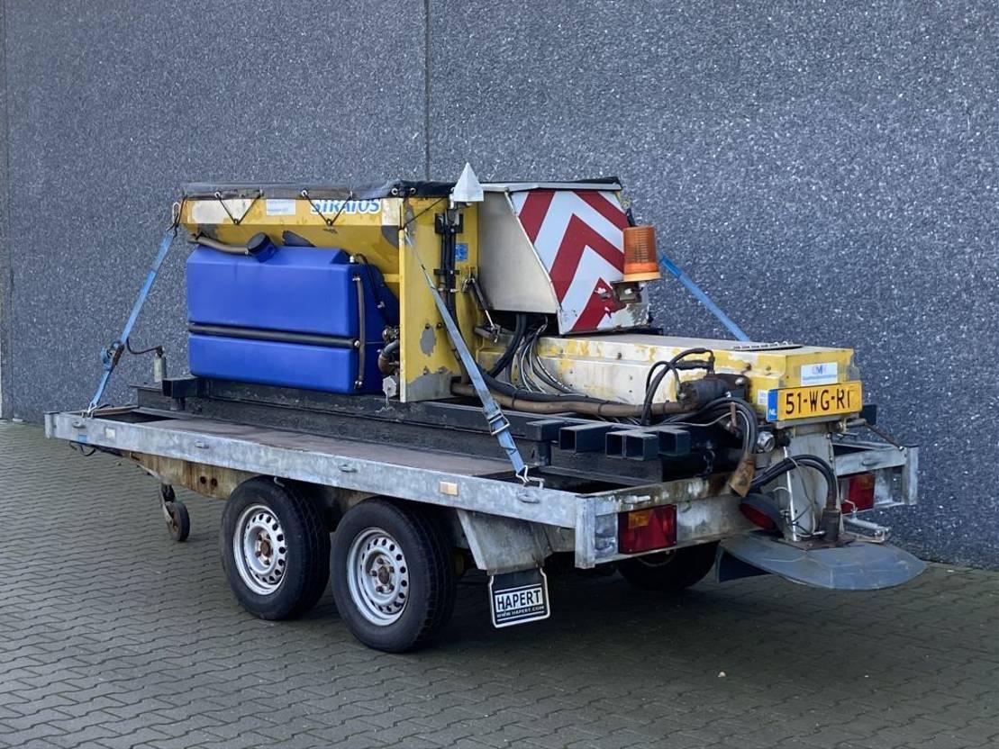 overige aanhangwagen Hapert Nido Stratos B08-24-PAX Zoutstrooier / Saltspreader / Natzout strooier / I.C.M. Hapert aanhangwagen BJ 2011 2011