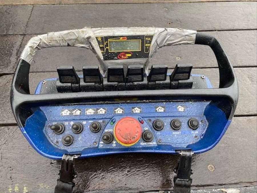 MAN - TGA 37.400 8x2 Kran PM 85027+J1204.20 Funk 12