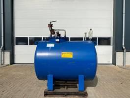IBC-intermediate bulk container 2000 liter dubbelwandinge dieseltank met elektrische pomp