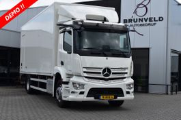 bakwagen vrachtwagen Mercedes-Benz 2027, DEMO!! ,Bakwagen (725x249x264), Laadklep, Automaat, Navi, Cruise, ... 2020