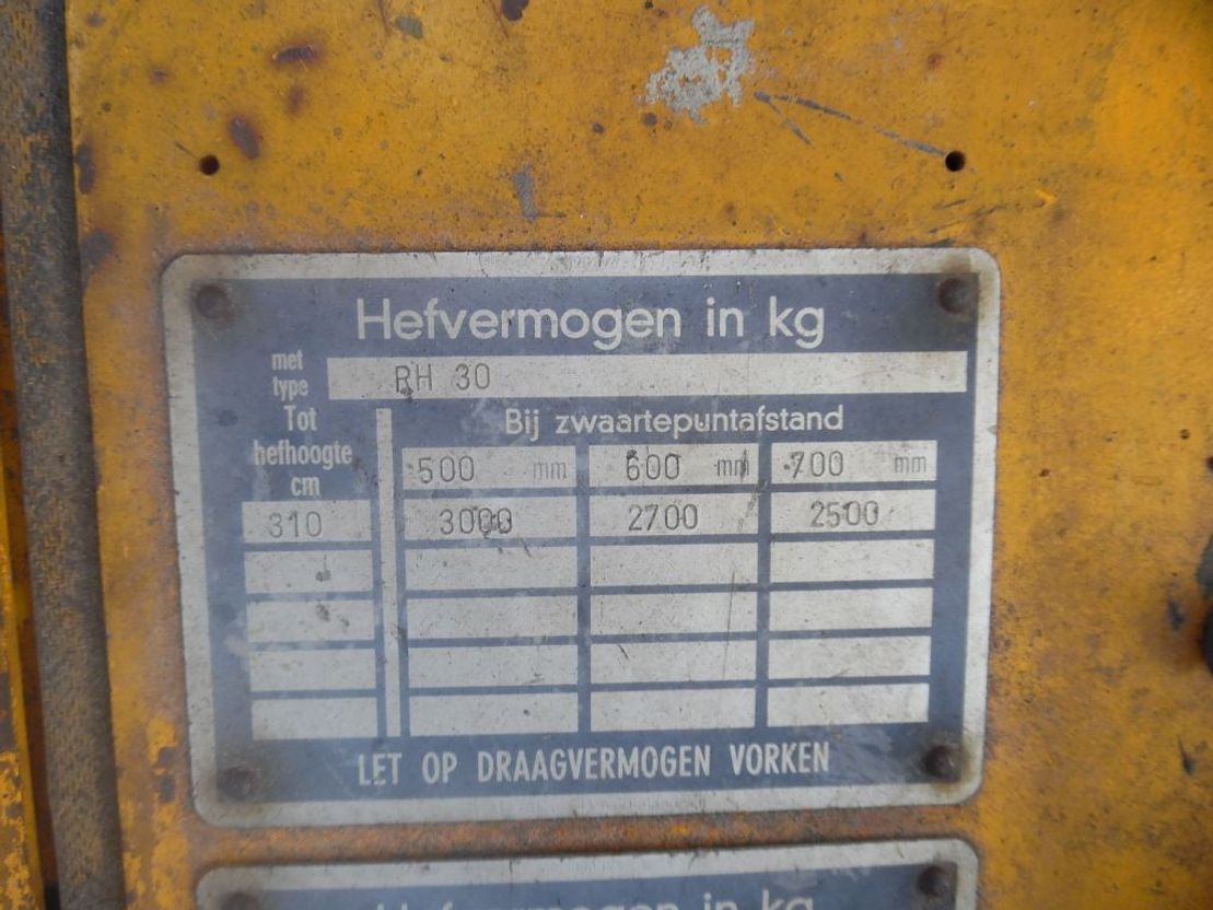 vorkheftruck Steinbock Boss r 30 ph 30 d mk iv 1984