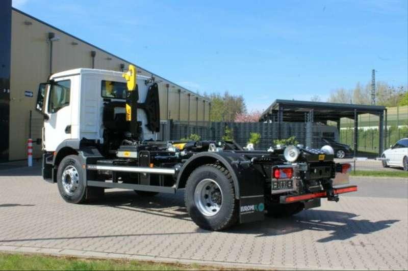 MAN - 4x2 / Euro 6d HYVA Abroller 11