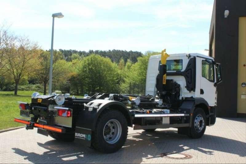 MAN - 4x2 / Euro 6d HYVA Abroller 14