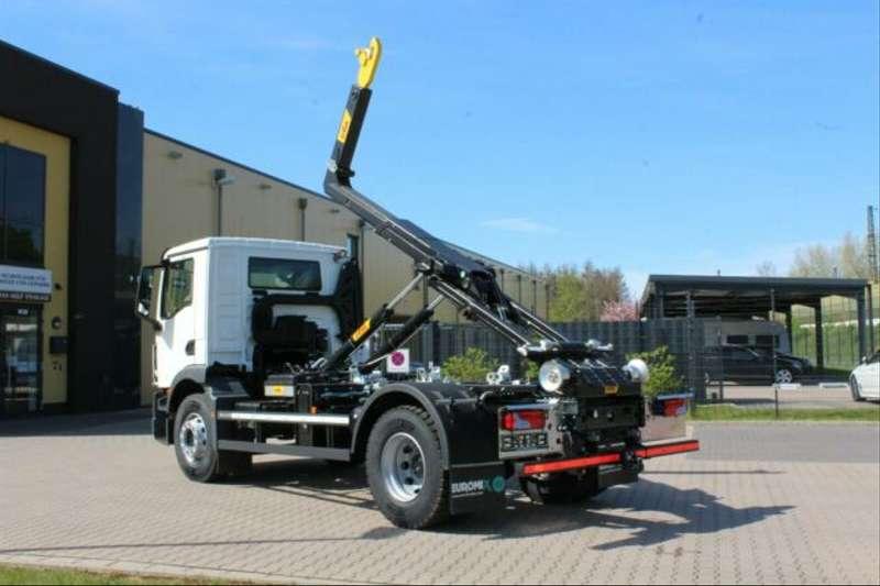MAN - 4x2 / Euro 6d HYVA Abroller 7