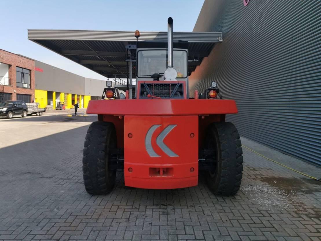 vorkheftruck Kalmar DCD 200-12 LB 20 Ton Capacity! 2010