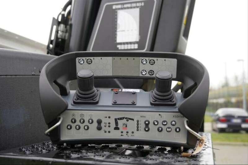 MAN - 26.470 /6X2 Euro6d Retarder HIAB L235 DL-3 17