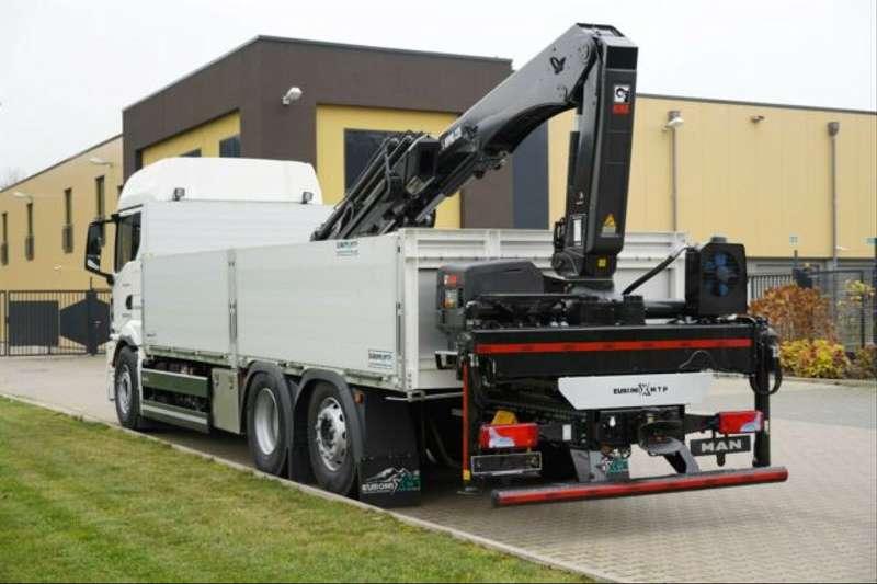 MAN - 26.470 /6X2 Euro6d Retarder HIAB L235 DL-3 8