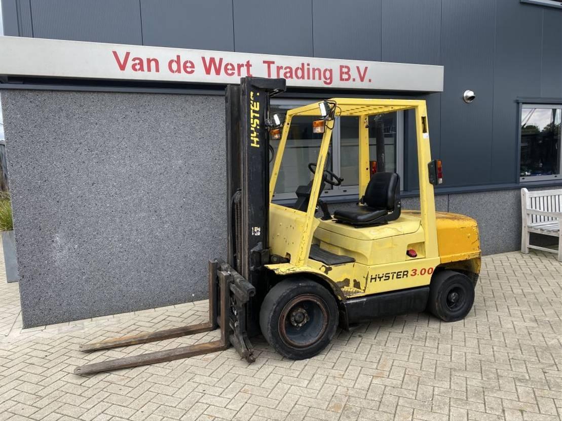vorkheftruck Hyster H3.00XM Heftruck Hyster H3.00XM Triplo 470 freelift/Sideshift ISUZU Diesel 1993