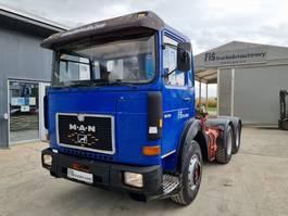 standaard trekker MAN 26.361 6x4 tractor unit 1987