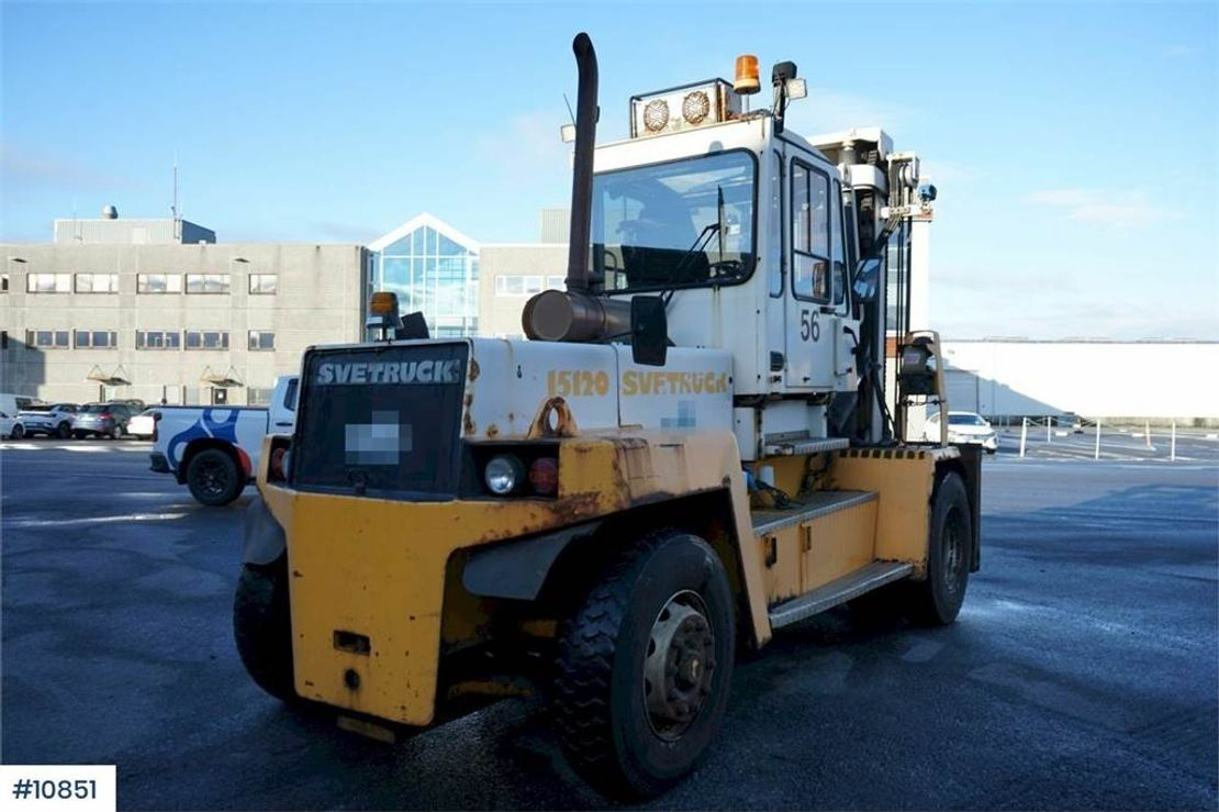 vorkheftruck Svetruck 15 120-35 Truck with central grease and weight. 2004