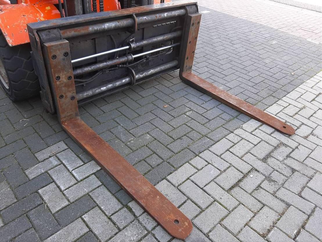 vorkheftruck Dantruck 3.5 Ton, Fork postioner, Perkins Engine