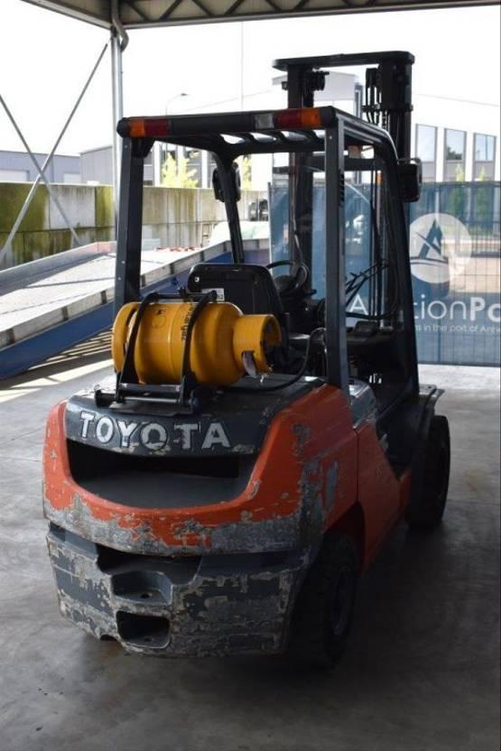 vorkheftruck Toyota 02-8FGF30 2009