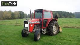 standaard tractor landbouw Massey Ferguson 575 1981