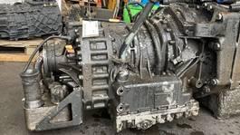 Versnellingsbak vrachtwagen onderdeel MAN 1.33001-9520 ZF ECOMAT 2 6HP-602 C TGA (3 PIECES IN STOCK) 2006