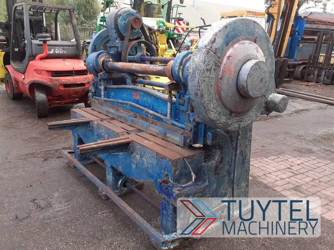 overige bouwmachine Diversen F.J. Edwards guillotine knipbank platenschaar besc