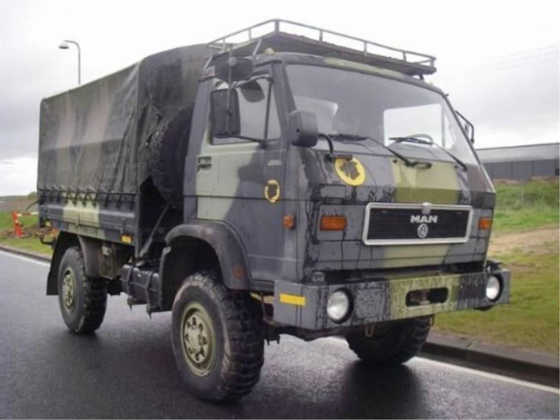 leger vrachtwagen MAN 8-136 FAE 4X4 (EX-ARMY) 1989